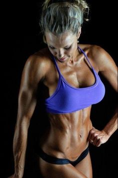 9 Habits Of Fit Girls - How To Stay Fit! -