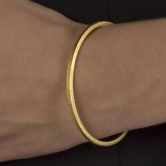 Bangle Square Profile Bangle Textured Personalised925 Bangle Bracelets, Bangles, Rose Gold Plates, Love Fashion, 18k Gold, Cool Designs, Handmade Jewelry, Jewelry Making, Profile