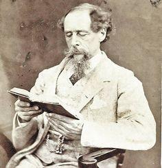 Charles Dickens (1812 - 1870). Uno de los novelistas mas conocidos de la Literatura Universal