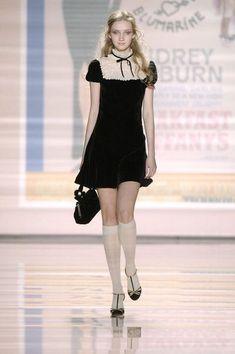 Fashion Week, Look Fashion, Runway Fashion, High Fashion, Fashion Show, Womens Fashion, Fashion Design, Milan Fashion, Jw Moda