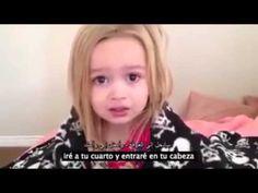 Esta niña tuvo una pesadilla, pero su reacción es la más tierna.