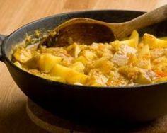 Aloo Masala ou pommes de terre cuites aux oignons et curry : http://www.fourchette-et-bikini.fr/recettes/recettes-minceur/aloo-masala-ou-pommes-de-terre-cuites-aux-oignons-et-curry.html