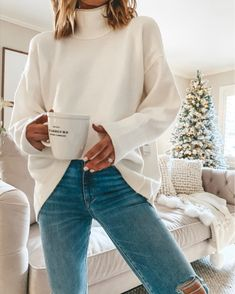 white high neck sweatshirt/sweater - perfect for hanging out in during the holidays! white high neck sweatshirt/sweater - perfect for hanging out in during the holidays! Style Outfits, Casual Outfits, Cute Outfits, Fashion Outfits, Beautiful Outfits, Work Outfits, Booties Outfit, Beige Outfit, Fall Winter Outfits