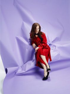 Love this background!  Isabelle Huppert, French actress.