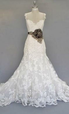 I keep coming back to this timeless stunning dress. Absolutely in L♡VE with the Alencon lace overlay. How beautiful would this be against a really rustic chic barn wedding in New Hampshire?!  New With Tags Enzoani Wedding Dress Diana , Size 2  | Get a designer gown for (much!) less on PreOwnedWeddingDresses.com