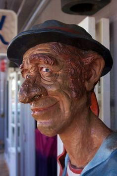 Lahaina....if you've walked the shops in Lahaina, you know this guy ! ;0)