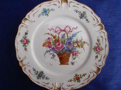A Dresden Plate, Designed by Alfredo Toledano