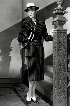 1948 - Actress Eve Arden - who was nominated for an Oscar the year before, for her role in Mildred Pierce - modelling a pinstripe skirt suit. 1948 fashion and style - Forties | British Vogue