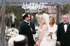 Chic Wedding Ceremony. A fabulous Florida #wedding from K & K Photography. To see more: http://www.modwedding.com/2013/09/10/rachel-erics-florida-wedding-from-k-k-photography/