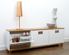 Could this be the perfect storage cabinet bench to deal with all my family's shoes? From aplaceforeverything.co.uk