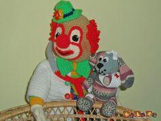 Doktor Clown mit Hasso, dem kranken Hund - gehäkelt von Dada - MyPatterns