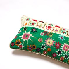 poppy spot cushion Big People, Little People, Poppy, Soda, Printing On Fabric, Sunglasses Case, Cushions, Stitch, Prints