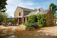 Ingrid and Warren Furlong have self-built a traditional farmhouse using stone from their own land and reclaimed materials. Build My Own House, Building A House, Traditional Style Homes, Modern Buildings, Beautiful Interiors, Ideal Home, Architecture Design, House Plans, Farmhouse