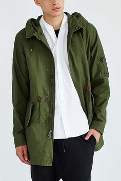 Alpha Industries X UO Long Fishtail Parka - Urban Outfitters