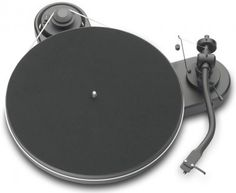 Pro-Ject RM Turntable - High Gloss Black with Pearl Cartridge by Pro-Ject Audio - Turntable Audiophile, Pro-ject Audio, Gadgets, Warner Music Group, Usb, Record Players, Phonograph, Cool Tech, Vintage Design
