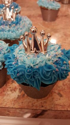 Cinderella Cupcakes, or glass slippers Cinderella Cupcakes, Disney Cupcakes, Cinderella Party, Cinderella Quinceanera Themes, Cinderella Sweet 16, Quinceanera Decorations, Disney Princess Party, Quinceanera Party, Princess Birthday