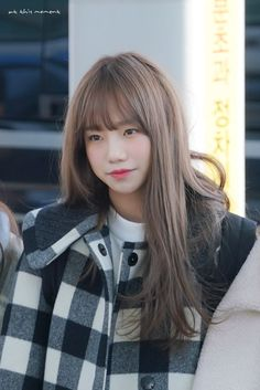 "— Yuri no aeroporto de Incheon ✈️ © at this moment "" . Yuri, Cool Girl, My Girl, Strawberry Hair, Female Supremacy, Japanese Girl Group, Incheon, The Wiz, Kpop Girls"