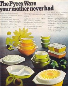 Can someone please explain to me why they stopped making these? Pretty patterns, spouts, oven to fridge and freezer! What are the thinking? Vintage Kitchenware, Vintage Dishes, Vintage Glassware, Vintage China, Vintage Pyrex, Pyrex Bowls, Glass Kitchen, Vintage Advertisements, Vintage Ads