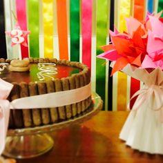 Festa de Aniversário! E aquele vaso plissado de alguns posts atrás virou decoração de festa infantil! Gostou? Então veja como comprar em http://casadeorigami.wordpress.com/produtos/