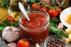 Cómo hacer salsa de tomate en la Thermomix  #SalsaDeTomateThermomix #RecetasThermomix #Salsas #Aderezos