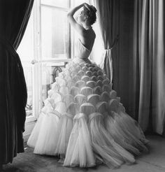 Paris, 1953. Ivy Nicholson in evening gown by Jacques Griffe. © Regina Relang.