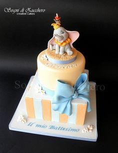 This Adorable Disney Christening Cake features Dumbo in a circus costume and Timothy riding on Dumbo's hat. Dumbo Baby Shower, Baby Dumbo, Baby Shower Cakes, Dumbo Cake, Dumbo Birthday Party, Birthday Parties, Cake Paris, Elephant Cakes, Flying Elephant