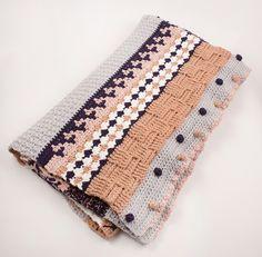"""✿ Mach´ mit bei der großen """"myboshi Crochet Along Aktion"""" und häkel dir deine ganz eigene traumhafte Kuscheldecke in der zarten Farbidee 2 """"Little Sweetness"""".  **Wie funktioniert´s:** Die Decke..."""