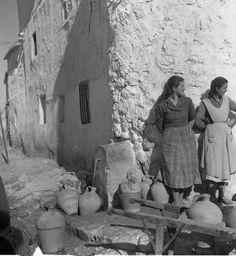 Granada mujeres en la fuente llenando los cantaros