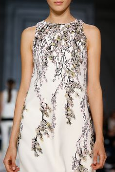 Giambattista Valli Spring 2015 Ready-to-Wear - Collection - Gallery - Look 3 - Style.com