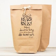 "Mr, wonderful, bolsas kraft ""Aquí dentro hay mucho amor"". #packaging: Cookie Packaging, Gift Packaging, Packaging Ideas, Creative Gift Wrapping, Creative Gifts, Little Presents, Packaging Design Inspiration, Lettering, Beautiful Typography"