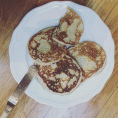 These are literally egg sesame maple syrup and 'baking powder'. (I have to make my own baking powder because I can't have the corn flour in normal stuff). I whizzed it all up in my #nutribullet and fried then for a couple of mins. A #lowgi #highprotein #spooniefriendly snack. Today I have a v chesty cough-normal ill on top of chronic ill. Luckily it hasn't sent my mast cells mad yet-just made me super tired. Like a typical #spoonie I am pushing through and sticking to the pacing plan. Just…