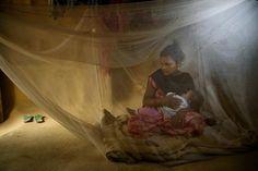 Lalita B., une jeune Népalaise de 17 ans, n'avait que 12 ans quand elle a épousé un homme de 37 ans dans le cadre d'un mariage arrangé. Ses deux premiers enfants sont décédés, le  troisième a survécu. Son mari l'a abandonnée en 2015 et a épousé une autre