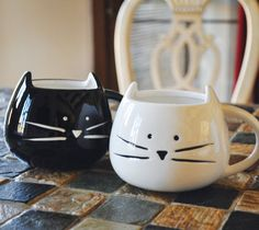 Custom Cat Mug on Etsy ~ Cute Christmas Gift! White / Black - Personalize with your custom text oz - Adorable Cat Mug - Tickled Teal Crazy Cat Lady, Crazy Cats, Stars Disney, Mug Chat, Crackpot Café, Tassen Design, Cat Mug, Small Gifts, Cats And Kittens