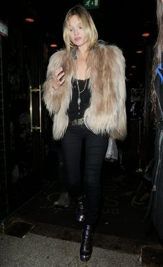 Kate Moss 2014 night out in fur 2