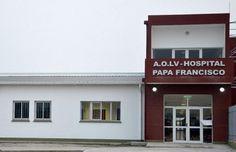 El hospital Papa Francisco incorporó servicios de implante coclear y cirugía vascular periférica: El Ministerio de Salud Pública continúa…