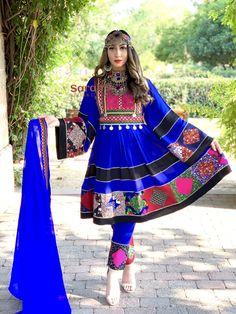 Afghan Clothes, Afghan Dresses, Pakistani Dress Design, Pakistani Dresses, Khafif Mehndi Design, Afghan Girl, Designs For Dresses, Besties, Designer Dresses