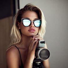 Lunettes de soleil Quay Australia modèle MY GIRL - Monture noir mat -  argent   Verres 3a4921babb61