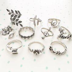 10 Jewelry Rings you will Like this Season. Stylish Jewelry, Cute Jewelry, Jewelry Accessories, Fashion Accessories, Cute Rings, Pretty Rings, Beautiful Rings, Bijoux Design, Schmuck Design