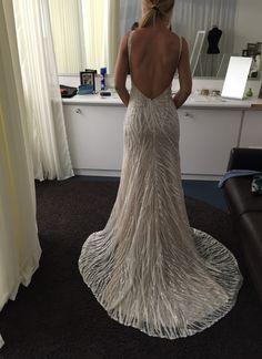 Berta Bridal - Brautkleid Berta 15-122 2015, Duchesse Seide Kleidergröße 36. 63% off. Kleid befindet sich in Frankfurt. https://www.marryjim.com/de/Brautkleid/berta-bridal/frankfurt/id4693