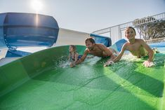 Falkensteiner Premium Camping Zadar is the only camping area in Zadar. Exceptional design, excellent cuisine and service, professional childcare. Parks, Beach Volleyball, Pebble Beach, Terraces, Outdoor Pool, Water Sports, Childcare, Strand, Separate