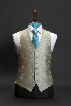 Grey silk waistcoat with turquoise blue embroidery by Neal & Palmer Indian Men Fashion, Mens Fashion Suits, Fashion Vest, Gents Fashion, Wedding Waistcoats, Pakistani Kurta, Morning Suits, Nehru Jackets, Stylish Men