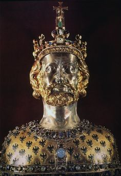 Charlemagne also known as Charles the Great ~ ruler of the Frankish kingdom and protagonist of the Carolingian 'Renaissance' (portrait in a reliquary bust - Aachen Cathedral, Germany) European History, Ancient History, Art History, Family History, North Rhine Westphalia, Aachen Cathedral, Renaissance Portraits, Carolingian, Late Middle Ages