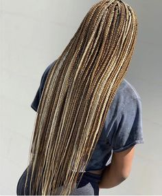 Long Box Braids: 67 Hairstyles To Upgrade Your Box Braids - Hairstyles Trends Brown Box Braids, Colored Box Braids, Blonde Box Braids, Black Girl Braids, Braids For Black Hair, Girls Braids, Braids With Color, Ombre Box Braids, Medium Hair Styles