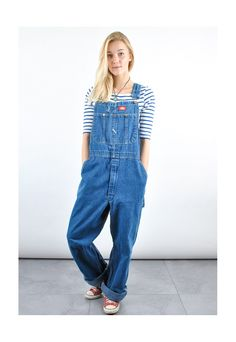 Cute Overalls, Overalls Women, Denim Overalls, Dungarees, Overalls Fashion, Fashion Outfits, Jeans Rock, Curvy Women Fashion, Everyday Outfits