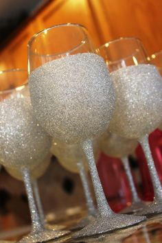 bridesmaids glasses for wedding?? But rose gold instead of silver #GlitterGlasses
