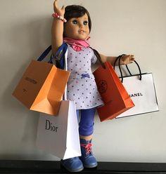 HEP...taxi After a shopping day in Paris! . #ag #agig #agpics #aglove #agigers  #aginstagram  #potd  #americangirl #americangirldoll #americangirldolls #americangirlbrand #doll #dolls #mydoll #mydolls #mydollcollection #mycollection #paris #shopping  #shoppingspree #shoppingday #dior #hermes #lv #lvoe #louisvuitton #chanel #shoppingbag #gracethomas