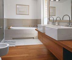 Jak przez 30 lat zmieniały się łazienki w domu jednorodzinnym