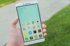 Xiaomi анонсировала смартфон Mi Max2 http://itzine.ru/news/gadgets/xiaomi-mi-max-2.html  Компания Xiaomi анонсировала новый смартфон Mi Max 2с мощным аккумулятором емкостью 5300 мАч, новейший влинейке смартфонов сбольшим дисплеем. Mi Max 2поступит впродажу вКитае 1июня. Стоимость смартфона вминимальной комплектации составит 1699 юаней (около 250 долларов или 14 тысяч рублей). Большой 6,44-дюймовый дисплей превращает процесс просмотра фильмов иТВ-шоу на Mi Max 2в удовольствие…