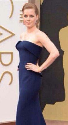 Oscars 2014 Amy Adams stuns on the red carpet via TheWrap