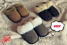 Benefits of buying slippers made of real sheepskin Sheepskin Slippers, Fur Fashion, Wool, Chic, Leather, Stuff To Buy, Accessories, Shoes, Style